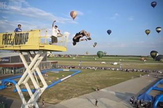 FreeJump - chute Airbag - Mondial Air Ballon - 12
