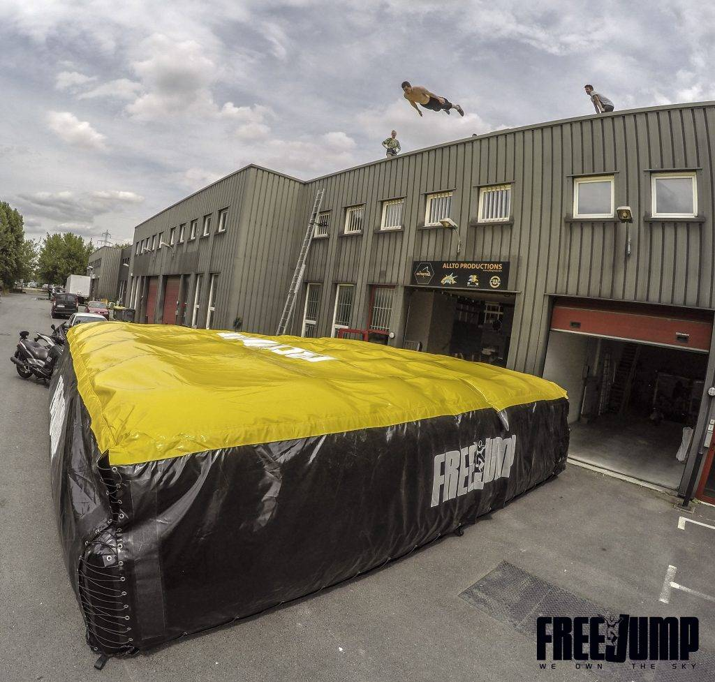 FreeJump - Nip Airbag Bagjump Saut